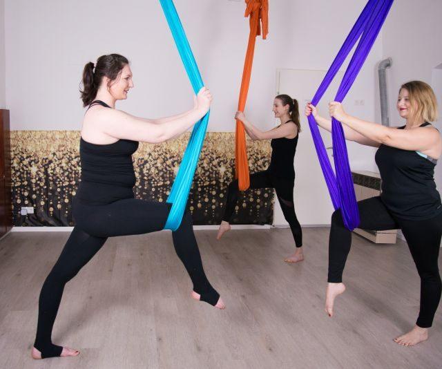 HEP© Hammock Exercise Party© ist ein Ganzkörper Workout mithilfe des Aerial Hammocks.